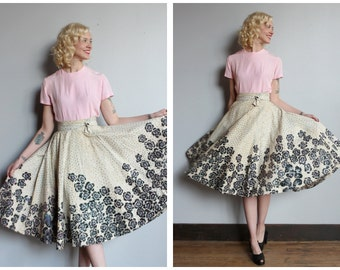 1950s Skirt // Sequin Floral Hand Painted Circle Skirt // vintage 50s Mexican circle skirt
