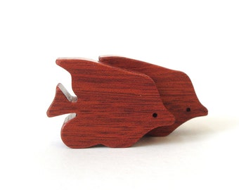 Waldorf Miniature Wood Angelfish Toy Noah's Ark  Animals Ocean Play Set Fish Figurine Bloodwood