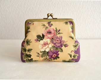 Christmas sale!  Elegant floral frame Clasp purse in Purple