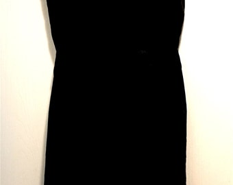 1950's Bruce Arnold 100 % Silk Black Dress
