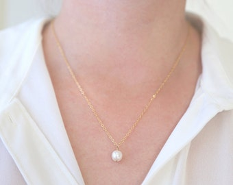 Tiny White or Pink Pearl Necklace // Sterling Silver / Rose Gold / 14K Gold Filled // Delicate dainty everyday wear jewelry