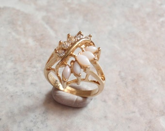 Opal Rhinestone Ring Gold Tone Size 5.75 Marquise White Base Vintage 081715DU