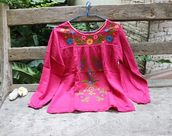 M-L Long Sleeves Bohemian Embroidered Top - Deep Pink