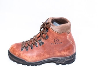 caramel brown leather Scarpa hiking ankle boots lace and hook size 6 womens