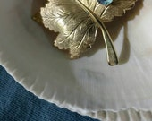 Sarah Coventry, BROOCH, Fall Leaf, Gold Textured Design, Stamped, Great Vintage Condition