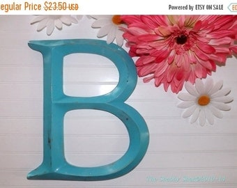 SUMMER SALE Large Wall Letter B / Turquoise Wall Decor / Signage / Alphabet Letters / Wall Letter