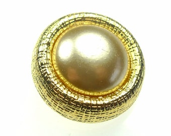 Big and heavy metal button with faux pearl, gold tone metal frame, 1pc