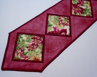 Elegant Christmas Quilted Table Runner with Poinsettias, Winter Quilted Table Runner, Christmas Table Quilt, Winter Christmas Decor