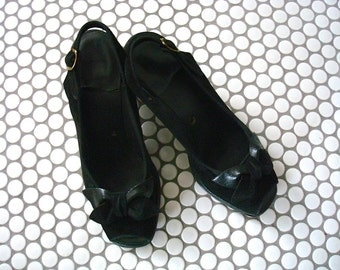 1940s Peep Toe Heels - sling back pumps - black suede vintage dress shoes