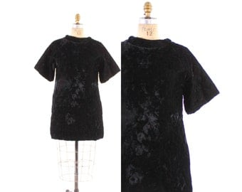 Vintage 60s DRESS / 1960s Quilted Black Velvet Mod Keyloun Cover-up Mini Dress