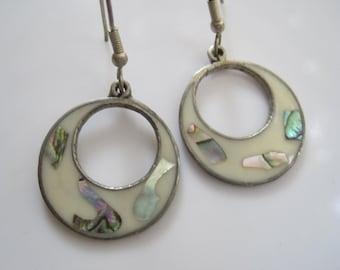 Mexican Earrings, Alpaca, Shell, Small Earrings, Shell Earrings, Mexican Jewelry, Pierced Ears, Dangle Earrings, Enamel Earrings