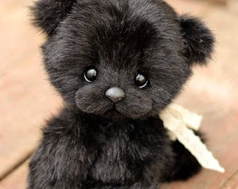 Black little lady (Made to order)