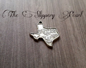 Texas Charms Pendants State of Texas Antiqued Silver Highley Detailed TX 2 pieces