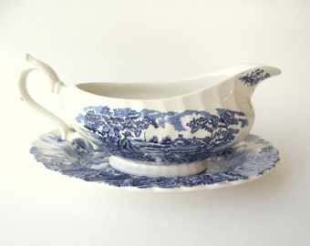 Myott Gravy Boat , The Hunter Pattern in Blue , Transferware Gravy Boat and Underplate , Sauce Boat and Plate