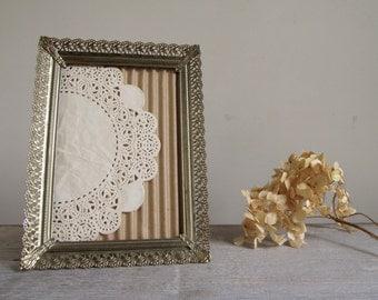 Vintage Gold Metal Frame | Ornate Filigree 5 x 7 Frame | Romantic Hollywood Regency Decor | Vintage Wedding Decor