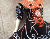 Along Came A Really BIG Spider ~~ Scary Dress for Blythe doll ~~ dotty collar