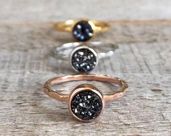 Druzy Ring, Tiny Black Druzy Ring, Rose Gold Druzy Ring, Gold Druzy Ring, Silver Druzy Ring, Titanium Druzy Quartz Jewelry, Hammered Band