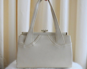 Vintage 50s Peerless Leather Goods NSW Ivory Cream Faux Leather Vinyl Box Handbag Made in Australia