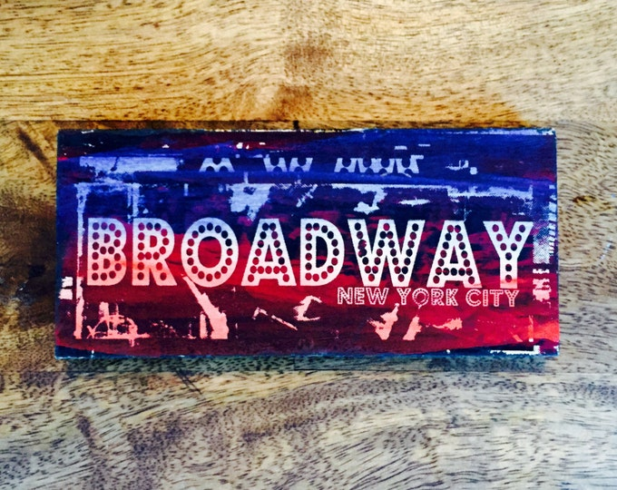 Broadway (Little Sign)