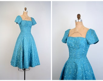 vintage 1950s teal blue party dress - full skirt . xxs / 1950s prom - embroidered taffeta / holiday