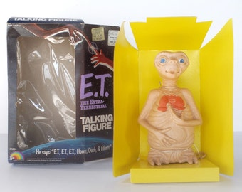 "Vintage E.T. The Extra-Terrestrial talking figure pull string doll, 1980s Spielberg movie, 7"" LJN, in original box, never played with, works"
