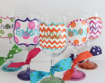 5 Personalized wine glasses, bridesmaid gift, wedding party gift, girls weekend, girls weekend wine glasses, bachelorette party