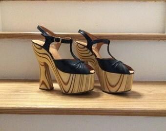 Vintage 1960s 1970s Wooden Platforms 60s 70s Lady Mcguire Black Leather Shoes