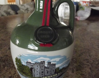 Vintage Stoneware Crock from Bunratty Castle in Ireland - Used to hold Mead - Honey Wine