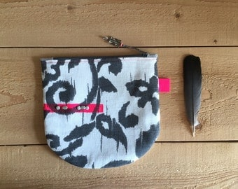 half round boho zipper pouch - neon pink grey and white linen cosmetic pouch - bohemian ikat cosmetic bag - zipper gipsy pouch - handpainted