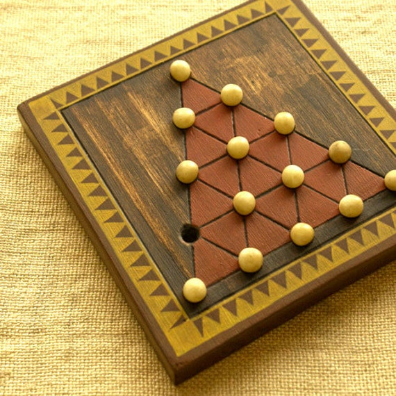 ANCIENT BOARD GAME  - Woodwork - Handmade - Decoration - Gift - Wedding Gift - Christmas gift: Triangle Solitaire, Keops' Pyramid