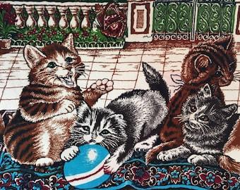 Vintage Wall Mural Velvet with Funny Kittens