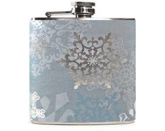 Silver Foil Snowflakes Flask, Blue Flask, Christmas Party Gift Flask, Winter Wedding 6oz Silver Hip Flask