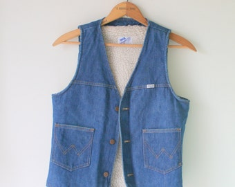 Vintage WRANGLER BLUE JEAN Vest...country western. mens clothing. retro. urban. preppy. classic. hipster. kitsch. fun. unisex. fall. vest