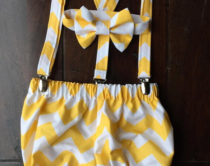Boys Cake Smash Outfit, Boys Chevron Smash Cake Set, Birthday Outfit Bow tie, Suspenders, and Diaper Cover made by Two L Creations