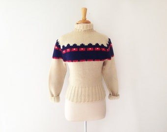 1950s?  Hand Knit Pullover wool ski Sweater size small