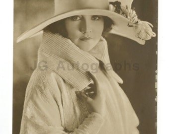 Betty Compson - Classic Actress - Vintage Real Photo Postcard (rppc)