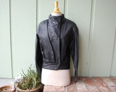VTG Small Wilsons Leather Black Biker Jacket Moto Rider 90s 80s Glam Rock Motorcycle Unif Warm Winter Lined Short Jacket Punk Goth Boho Gift