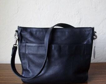 Excellent KENNETH COLE New York Black Leather Tote Shoulder Handbag