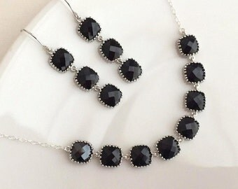 Black Crystal Necklace in Sterling Silver.Silver Black Necklace.Onyx.Lariat.Aqua Necklace.Bridesmaid Necklace.Silver Necklace.Delicate.Mom.