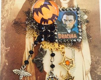 Bella Lugosi as DRACULA - Scary Horror Monster - VAMPIRE Collage PIN