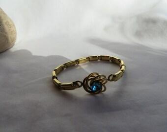 Adjustable Vintage Gold Link  Bracelet with Blue Stone, Vintage, Bracelet, Gold LInk, Blue