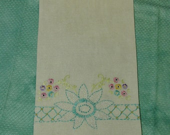 """Vintage Linen Towel with Lovely Embroidery, 16 x 27"""""""