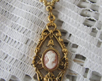 Vintage 1928 Cameo Necklace