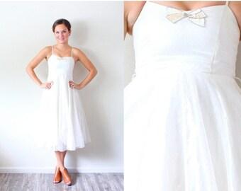 20% OFF HALLOWEEN SALE Vintage Xxs Wedding dress flower girl // tea length // short wedding dress // spaghetti strap // glitter bow // white