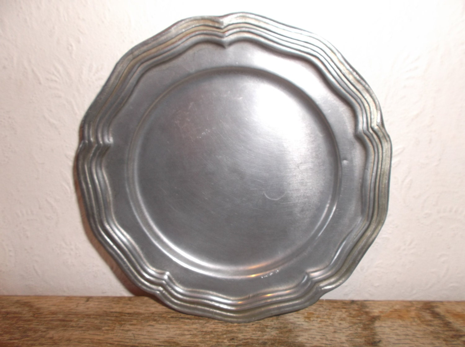 Antique Pewter Plates : Vintage french pewter plate
