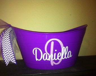 Personalized Tub - Personalized Bucket - Gift Holder - Purple - Hostess Gift - Childrens Booh Holder