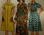 "1972 Drawstring Zip-Front Robe Pattern Simplicity 5365 Miss 14 Bust 36"". Pocketed Drawstring Waist Robe 4 DOLLAR PATTERNS at WhiletheCatNaps"