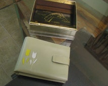 Amity OLD NEW STOCK never used  spring green leather wallet with yellow and white tulip