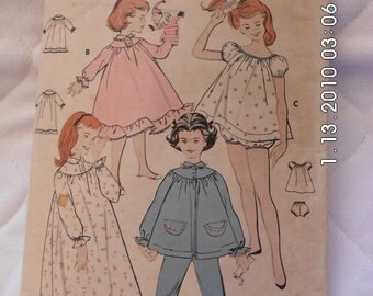 Girls NIGHTGOWN & PAJAMAS Butterick 8251 vintage pattern complete 1957 size 7 baby doll short or long gown