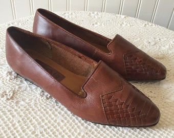 Woven Leather Vintage  Loafers --> Brown Loafers --> Woven Leather Flats --> Brown Flats --> Brown Leather Shoes 6.5 --> Basket Weave Flats